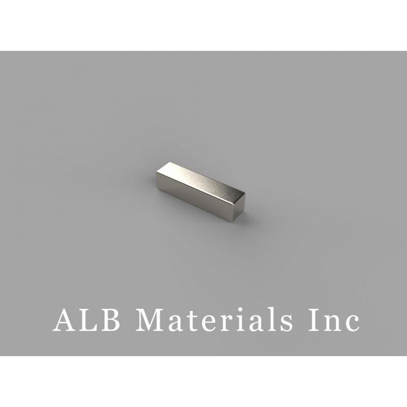 ALB-B822